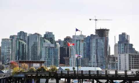 Khoảng cách từ Hà Nội đến Vancouver