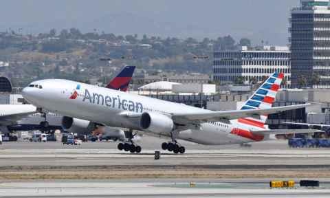 Hạng ghế đi Canada hãng American Airlines
