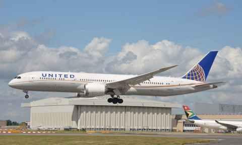 Giá vé máy bay đi Canada hãng United Airline