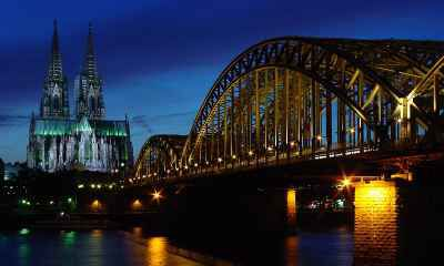 Vé Máy Bay Đi Cologne Giá Rẻ