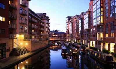 Vé Máy Bay Đi Birmingham Giá Rẻ