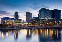 Vé Máy Bay Đi Manchester Giá Rẻ
