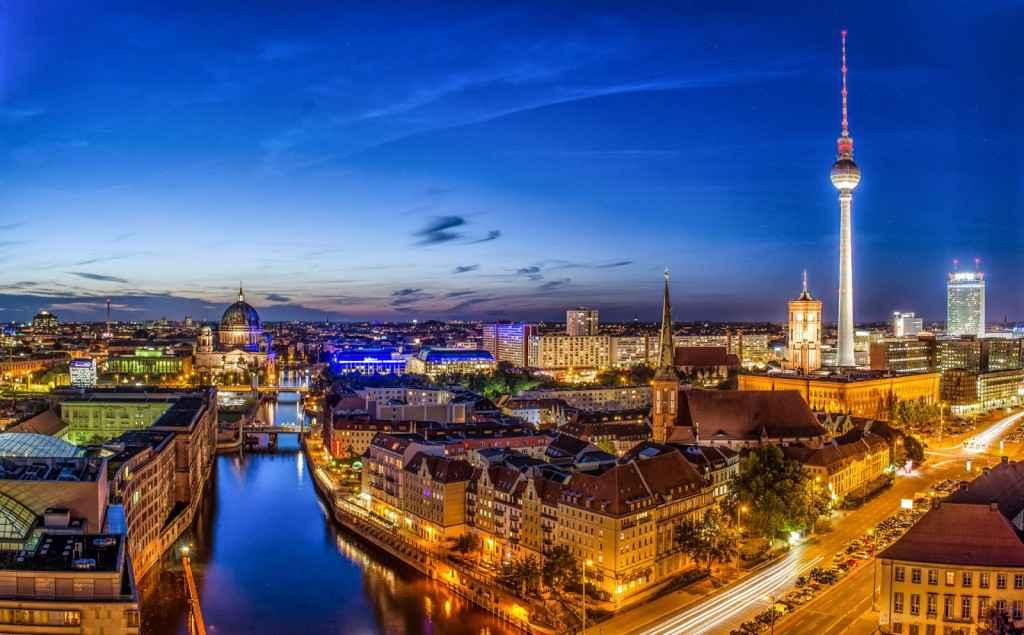 Vé Máy Bay Đi Berlin Đức Giá Rẻ