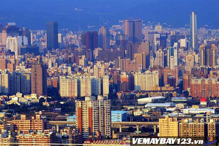 Vé Máy Bay Đi Đài Trung Đài Loan Chỉ Từ 167 USD