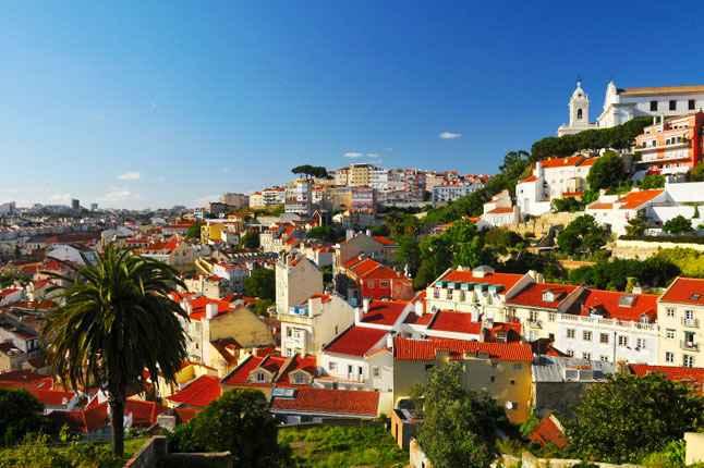 vé máy bay đi Lisbon 2